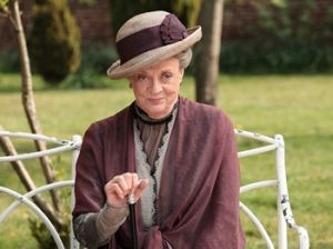 Downton Abbey - www.myLusciousLife.com - violet dowager countess.jpg