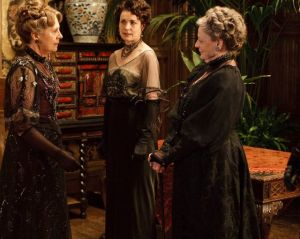 downton abbey - mrs crawley countess and dowager countess - www.myLusciousLife.com.jpg