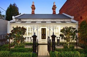 Top-of-the-Hill-Residence-Melbourne-Front.jpg