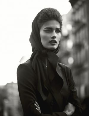 Black and white lusciousness - Kendra Spears by Mariano Vivanco.jpg
