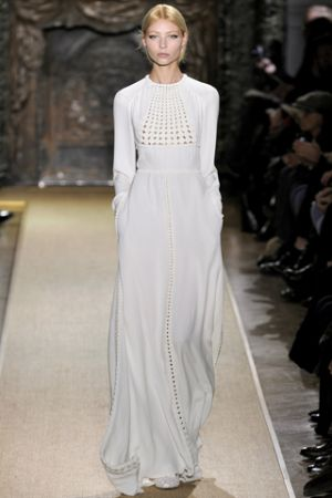 Black and white lusciousness - Valentino Spring 2012 Haute Couture.jpg