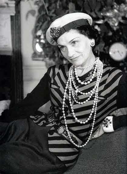 style icon coco chanel. Black Bedroom Furniture Sets. Home Design Ideas
