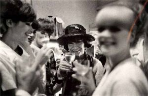 Older Coco Chanel pictures - coco chanel with models.jpg