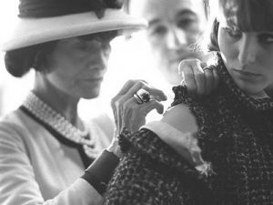Photos of Coco Chanel - chanel biography - coco chanel at work in her atelier.jpg