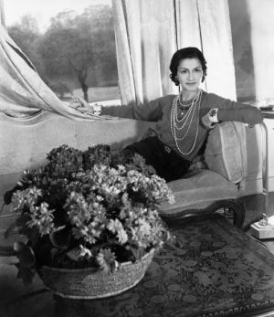 Pictures of Coco Chanel - Coco Chanel in London approx 1938.jpg