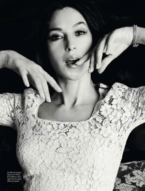 Monica Bellucci by Juan Aldabaldetrecu for Elle Spain May 2013
