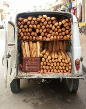 Bakery van in Paris - Live lusciously with LUSCIOUS.jpg