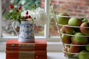 Luscious apples and books - Live lusciously with LUSCIOUS.jpg