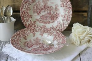 mylusciouslife.com - Grace and Ivy vintage finds for sale.jpg