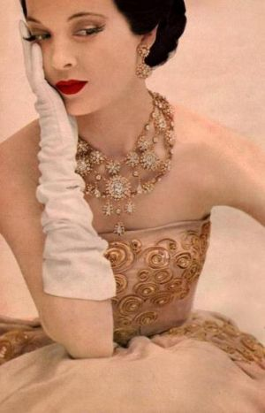 luscious glamarama vintage evening dress gloves and jewels.jpg