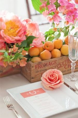 Sophisticated colour - www.myLusciousLife.com - Summer tablescape fruit and flowers.jpg