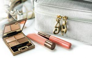 Kanebo-Lunasol-Starter-Kit-GallardaGalante-Toff-Loadstone-Spring-2012-Makeup-1.jpg
