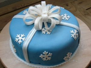 True blue colour photo gallery - blue snowflake cake.jpg