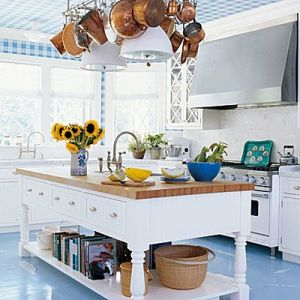 True blue colour photo gallery - blue_white_kitchen.jpg