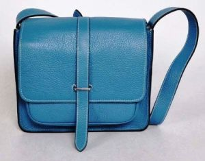hermes_blue_messenger_bag.jpg