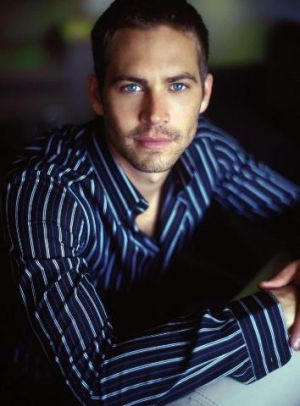 paul-walker-blue-striped-shirt