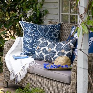 relaxed-garden-seating from housetohome