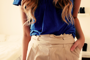 royal blue top and beige shorts.png