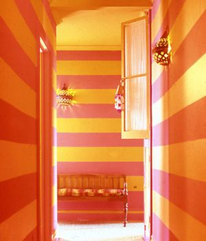 Yellow decor pictures - bold orange and yellow striped hallway.jpg