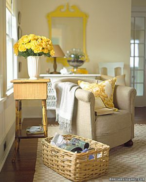 Yellow decor pictures - yellow mirror_martha stewart.jpg