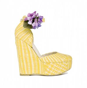 dg-shoes-accessories-spring-summer-2011-yellow pattern.jpg