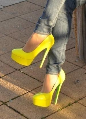 fluro yellow pumps.jpg