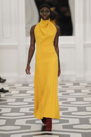 victoria-beckham-fall-2011-yellow dress runway.jpg