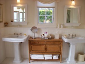 Pictures of bathrooms - luscious blog - San Ysidro Ranch.JPG