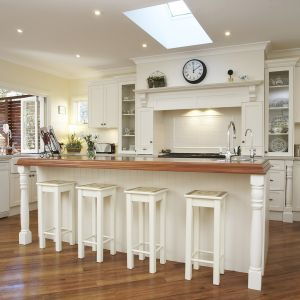 ... French Provincial Kitchen Designed By Brian Patterson Nouvelle Designer  Kitchens3 ...