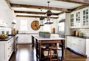 Kitchen pictures - myLusciousLife.com - kitchen island lantern.jpg