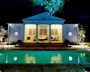 Stylish living design ideas - Luscious pools and poolhouses.jpg