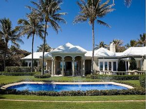c34-35-million-in-palm-beach-a-bermuda-style-home-with-staff-quarters-lighted-tennis-court-and-pool.jpg