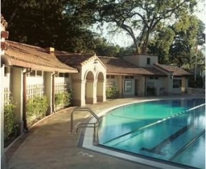pool house - inspiration - Pictures of poolhouses.jpg