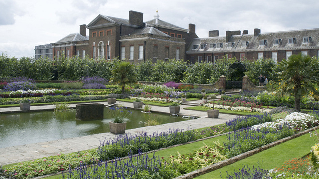 Royalty Kate And William S Kensington Palace Home In