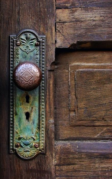 Stylish home door knobs and handles - Old fashioned interior door locks ...