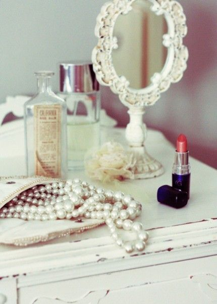 Items on dressing table - luscious dressing tables via the Luscious blog.jpg