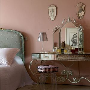 Decorating with mirrors - mirror mirror on the wall.jpg
