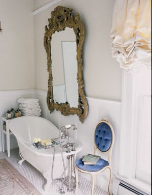 Decorating with mirrors - www.myLusciousLife.com - Bathroom.jpg