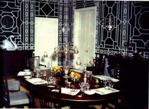 Decorating with mirrors - www.myLusciousLife.com - Chinoiserie - Tom Scheerer.jpg