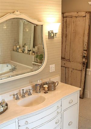 Mirror decoration - www.myLusciousLife.com - Bathroom.jpg