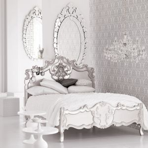 Mirror decoration - www.myLusciousLife.com - Bedroom - Hollywood Regency style.jpg