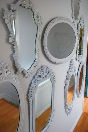 Mirror decoration - www.myLusciousLife.com - Vintage mirrors from kimhas6cats.jpg