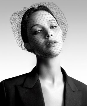 dior-miss-dior-ss2013-willy-vanderperre-jennifer-lawrence-2.jpg