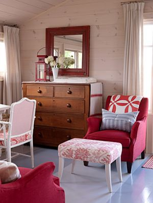 Sarah Richardson - Sarahs cottage - bedroom with pink - Georgian Bay.jpg