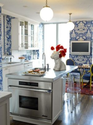 traditional-home-kitchen-the-vase-clarence-house.jpg