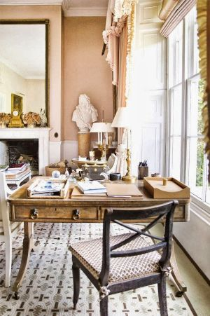 At home with India Hicks in the English countryside2.jpg