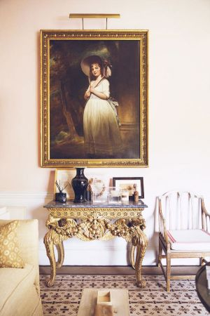 india hicks childhood home in england oxfordshire.jpg