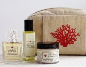 india-hicks-spider-lily-line-cosmetic.jpg