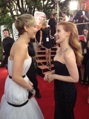 2014 Golden Globes - Red Carpet - Jennifer Lawrence & Jessica Chastain