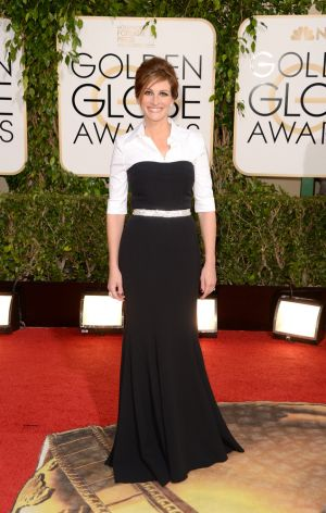2014 Golden Globes - Red Carpet - Julia Roberts in Dolce and Gabbana